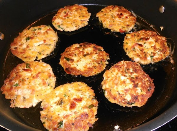 add olive oil to a heated skillet,  fry patties 2-3 minutes on each...