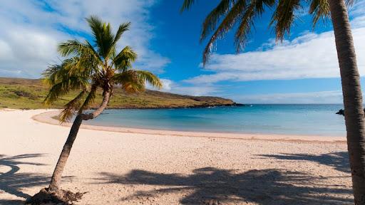 Anakena Beach, Rapa Nui (Easter Island), Chile.jpg