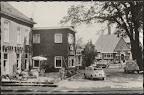 Borger. Hotel Bieze en rechts Raiffeisenbank. Kaart is 9 cm x 14 cm. Gelopen gestempeld in 1956.