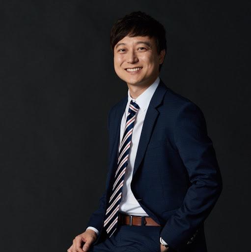 Kinam Kim