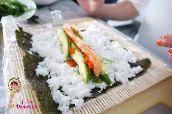 Sushi maken 3.JPG