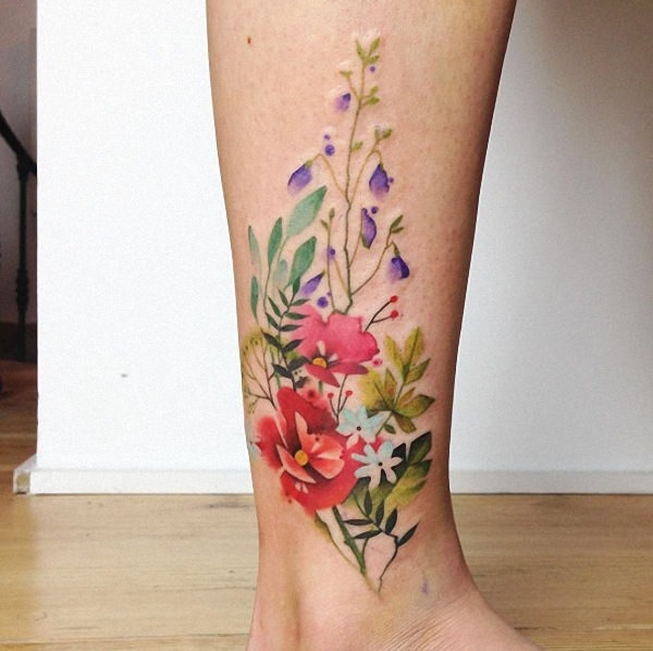 estes_floral_aquarela_no_tornozelo