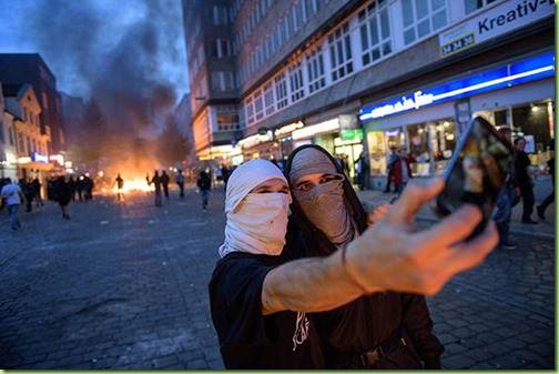 Hamburg-g20-protests-what-is-Antifa-demonstrations-protestors-Welcome-to-Hell-994436