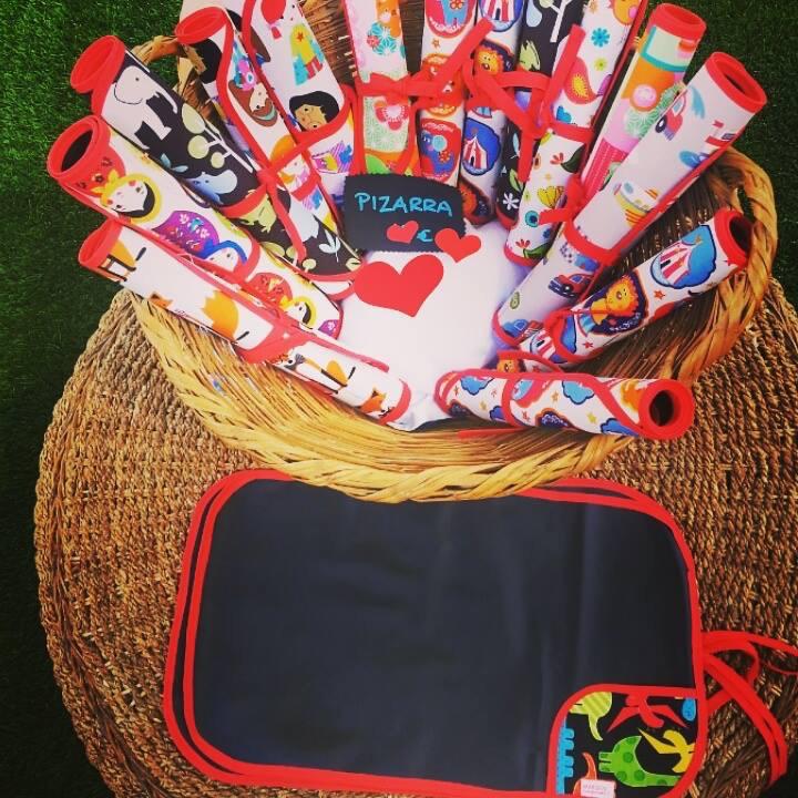 pizarra-portátil-enrollable-telas-artesana-margus-handmade
