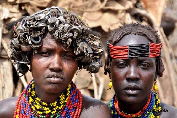 dones tribus etíops