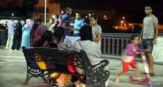 Dîners familiaux au bord de la plage, soirées artistiques et balades nocturnes :»L'ivresse» du ramadhan