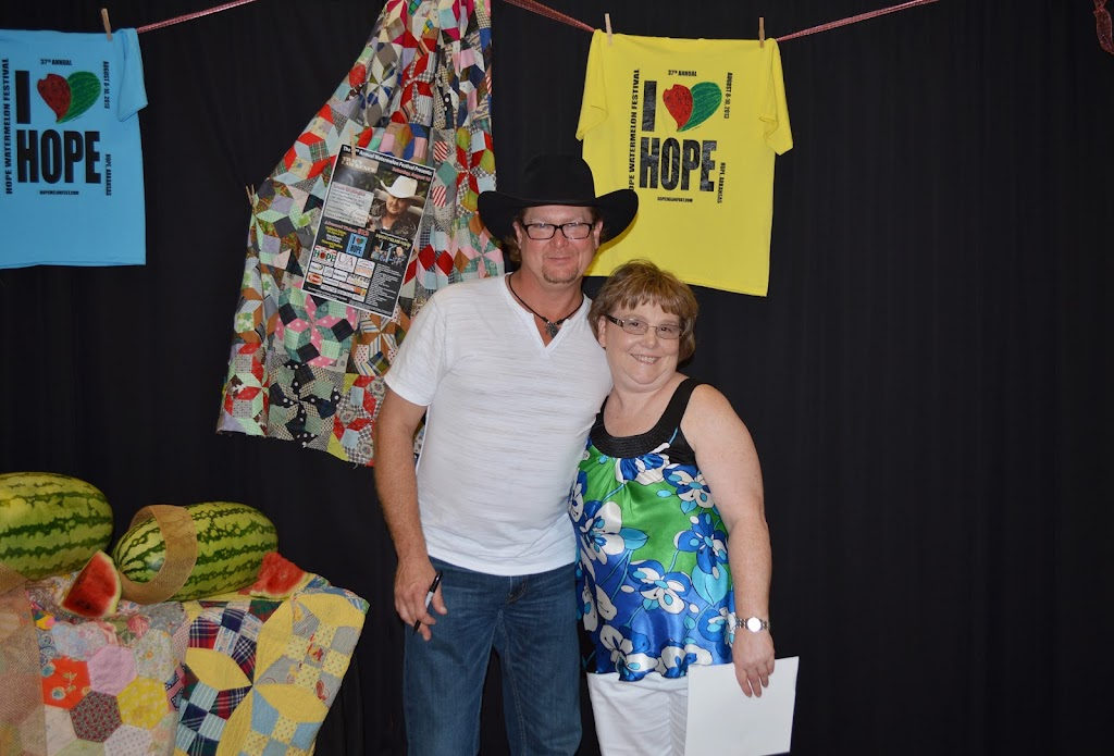 Tracy Lawrence Meet & Greet - DSC_2902.JPG
