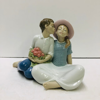 Nao by Lladro Porcelain Stealing A Kiss Figurine