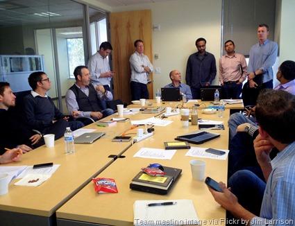 Sales_team_meeting