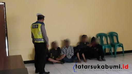 Bawa Samurai 6 Bocah Tanggung Diamankan Polisi di Cibadak