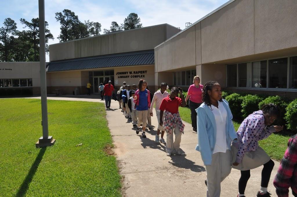 Camden Fairview 4th Grade Class Visit - DSC_0081.JPG
