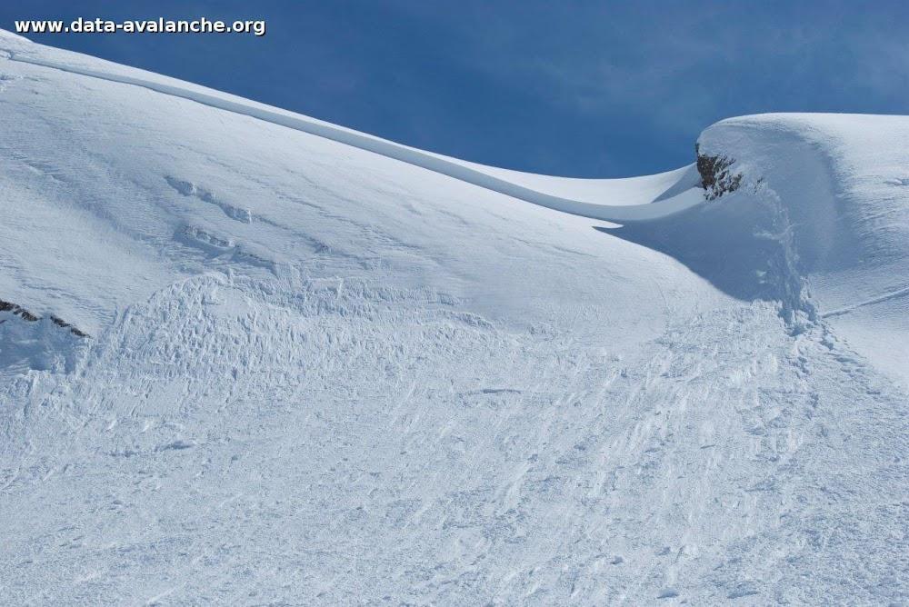 Avalanche Aravis, secteur Pointe des Verres, Au dessus de la Combe de la Torchère - Photo 1