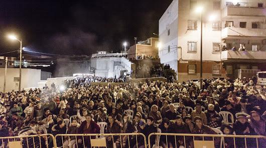 El fuego y el flamenco alumbraron la Noche de las Candelas