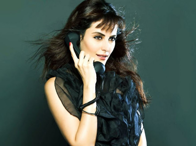 Mandana Karimi Photos