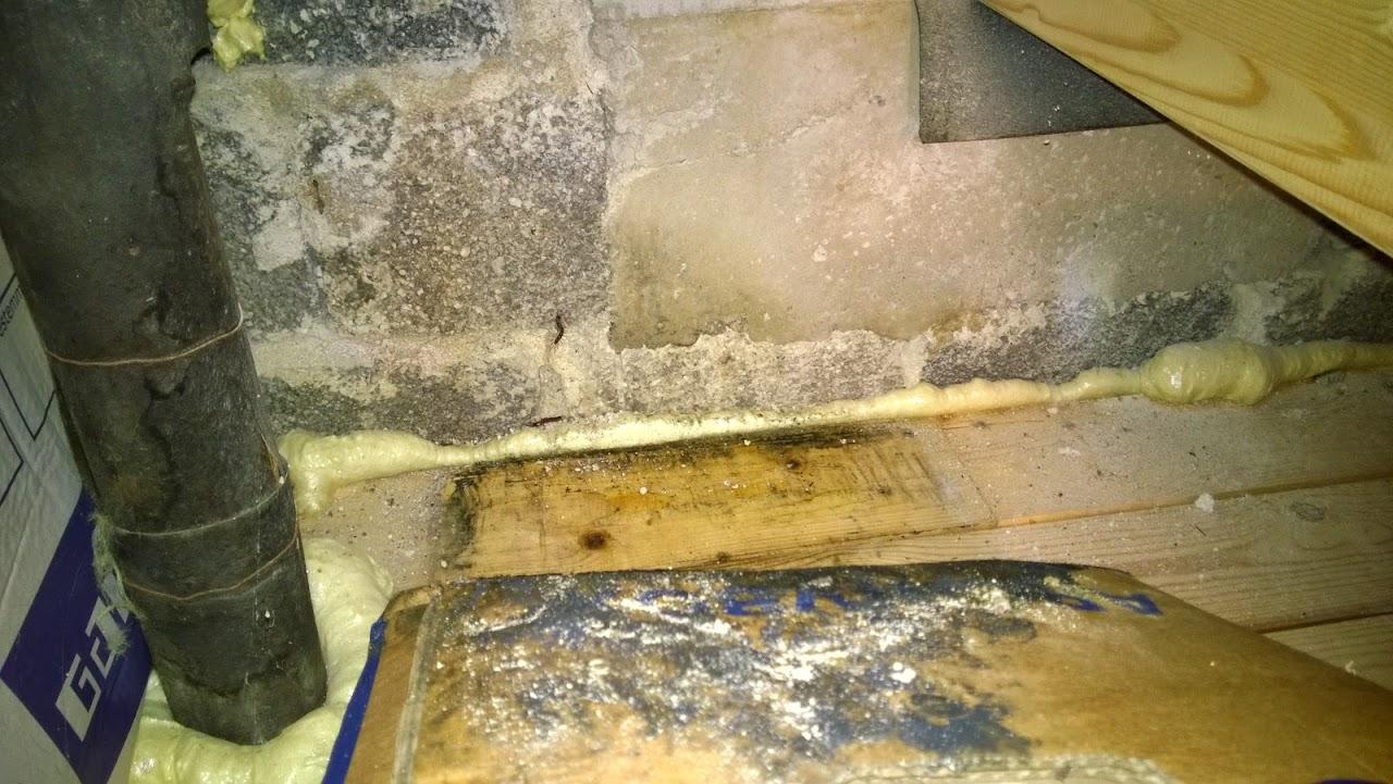 experten der baubranche schimmel im dachboden gefunden was tun. Black Bedroom Furniture Sets. Home Design Ideas