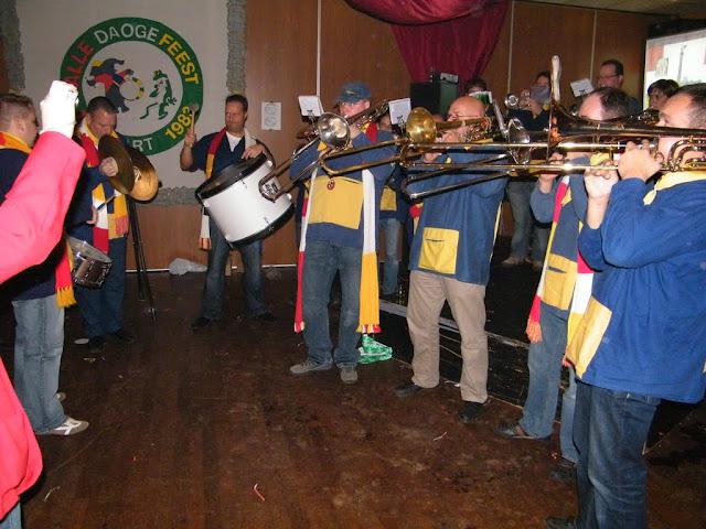 2009-11-08 Generale repetitie bij Alle daoge feest - DSCF0617.jpg