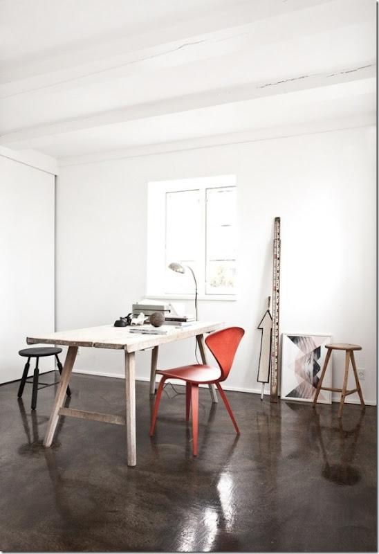 Casa in bianco e grigio stile nordico case e interni for Nordic style arredamento