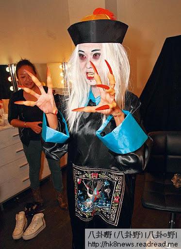 有「翻版朱茵」之稱的羅彩玲 Vivian,放下可愛面孔扮白面殭屍,望落真係幾恐怖。
