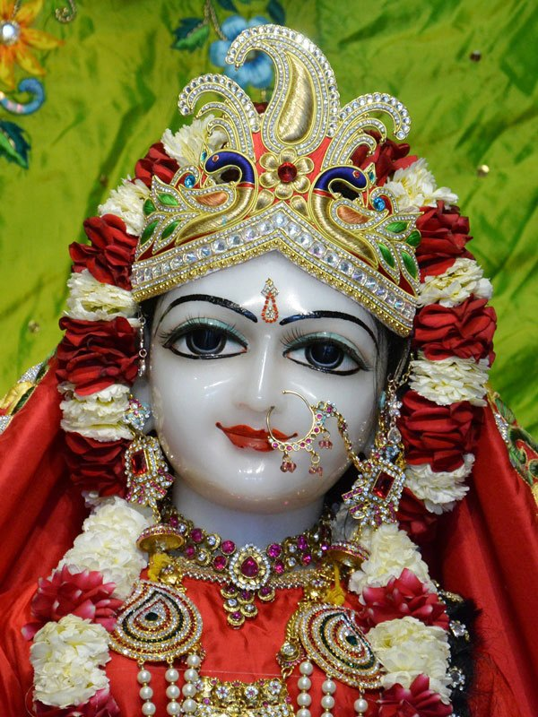 ISKCON Ahmedabad Deity Darshan 05 Mar 2016 (2)