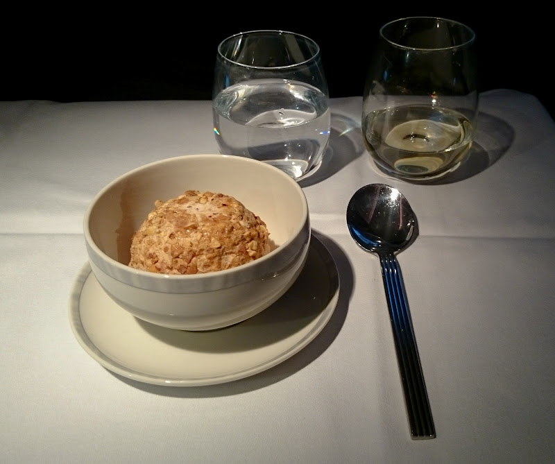 LHR SIN 51 - REVIEW - Singapore Airlines : Business Class - London to Singapore (B77WN)
