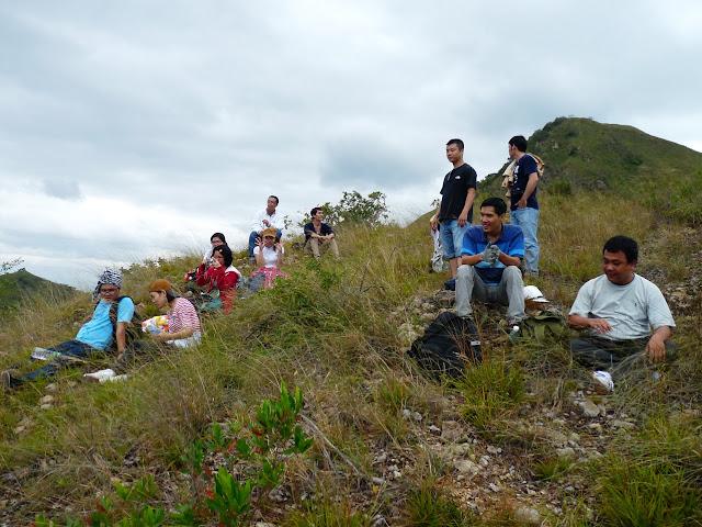Nhóm DU LỊCH BỤI - Chinh phục núi Cô Tiên 19/2/2012