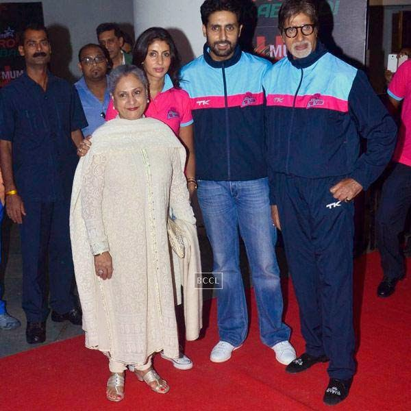 (L to R)Jaya Bachchan, Shweta Nanda, Abhishek Bachchan and Amitabh Bachchan during the opening match of Pro-Kabbadi League, held in Mumbai, on July 26, 2014. (Pic: Viral Bhayani) <br />