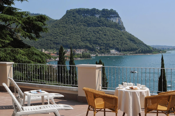 Hotel Excelsior Le Terrazze, Via Marconi, 4, 37016 Garda VR, Italy