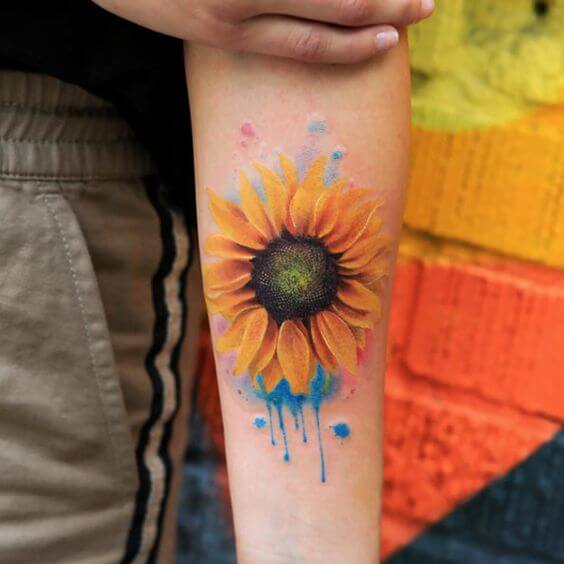 LATEST SUNFLOWER TATTOO DESIGNS FOR ATTRACTIVE WOMEN'S LOOK 1