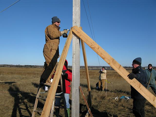 Osprey Platform - Jan 15, 2012 - IMG_8620.JPG