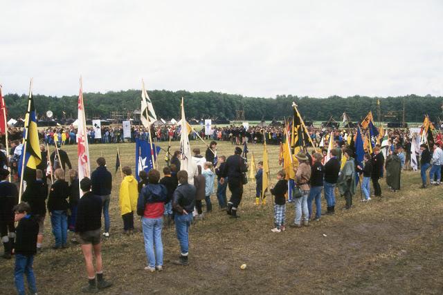 1985-1994 - 305-.jpg