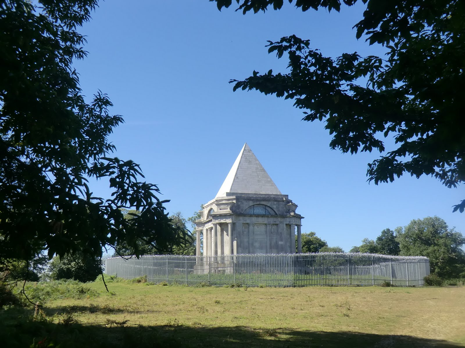 CIMG3869 Darnley Mausoleum