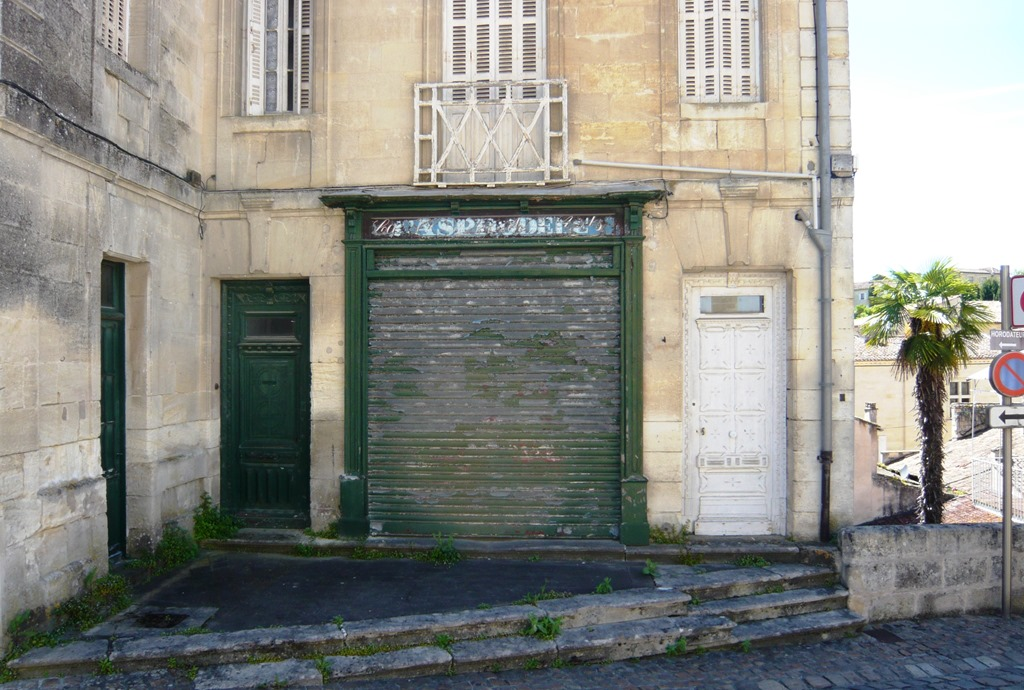[st+emilion+buildings+part+two9e%5B3%5D]