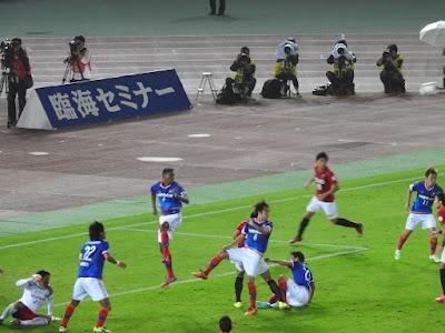 浦和レッズの猛攻も苦にしない横浜F・マリノス