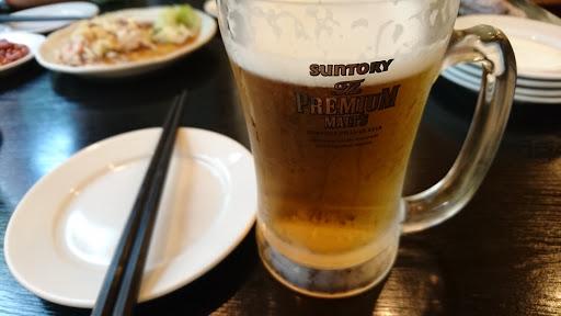 [写真]いつもの中華料理屋で祝杯