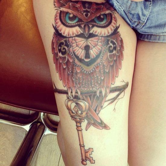 legal_coruja_com_chave_de_coxa_de_tatuagem_para_as_meninas