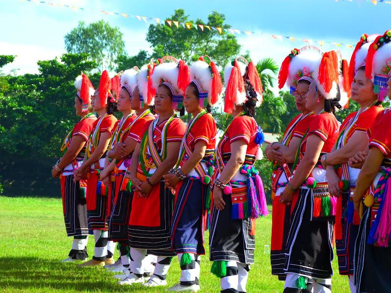 Hualien County. Liku lake. Danses Amis J 2 - liyu%2B2%2B473.JPG