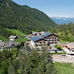 Hotel_Luftaufnahme_Markus_Greber_4.jpg