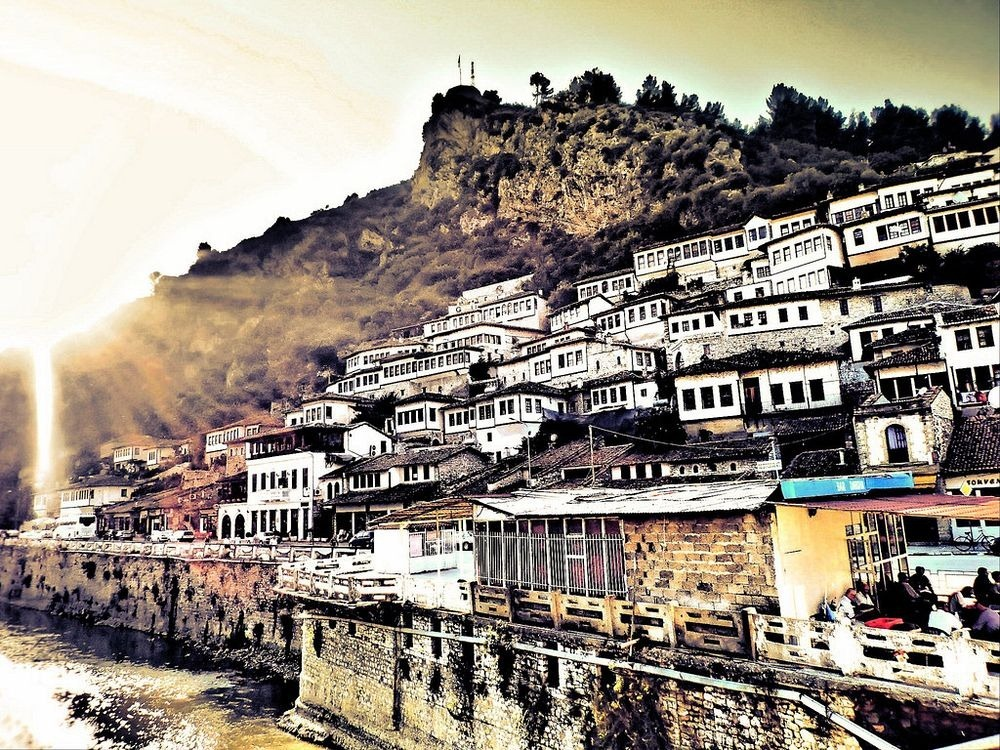 berat-thousand-windows-3