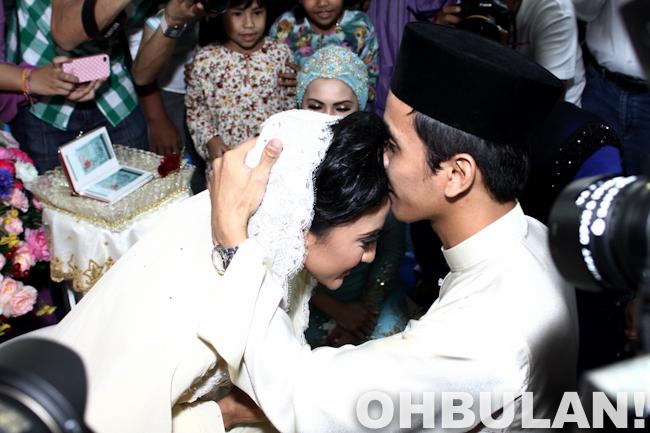 gambar perkahwinan azza elite dan azlan 2012
