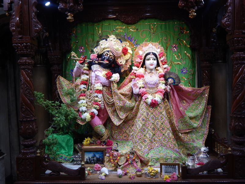 ISKCON Detroit Deity Darshan 22  Jan 2016  (1)
