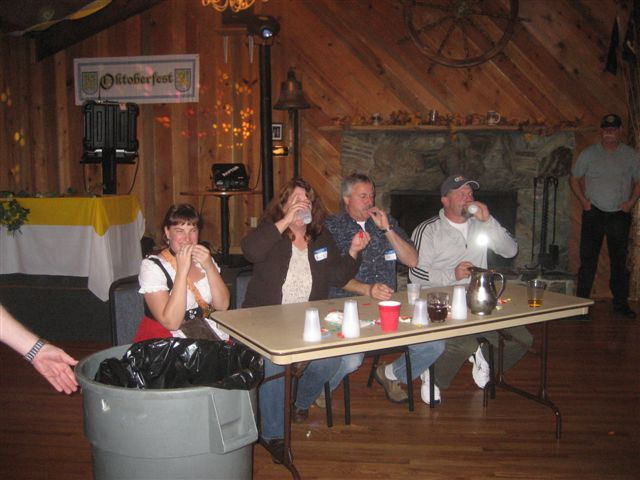 2008 Oktoberfest - Oktobeerfest08%2B016.jpg