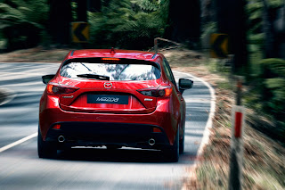 Yeni-Mazda-3-2014-8