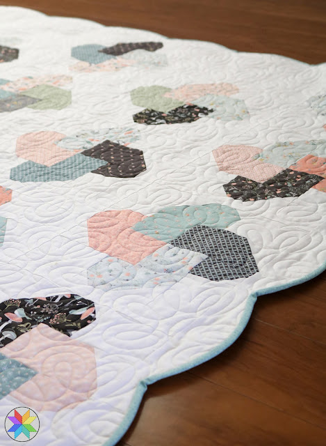 How to add a scallop border to a quilt - a tutorial by A Bright Corner - tips for making a scalloped edge on a quilt