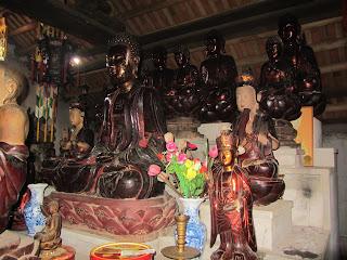 0020Ngo_Quyen_Temple