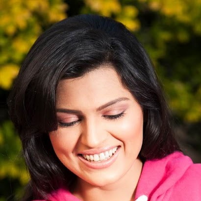 Gayatri Krishnan Photo 4