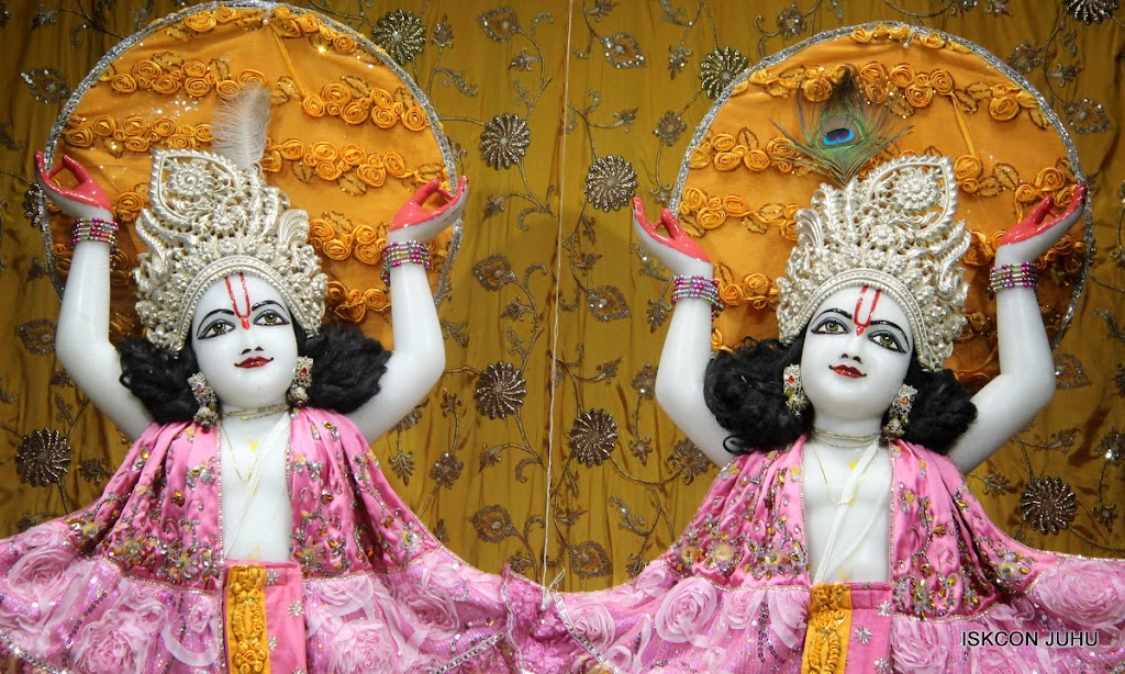ISKCON Juhu Mangal Deity Darshan on 30th June 2016 (1)