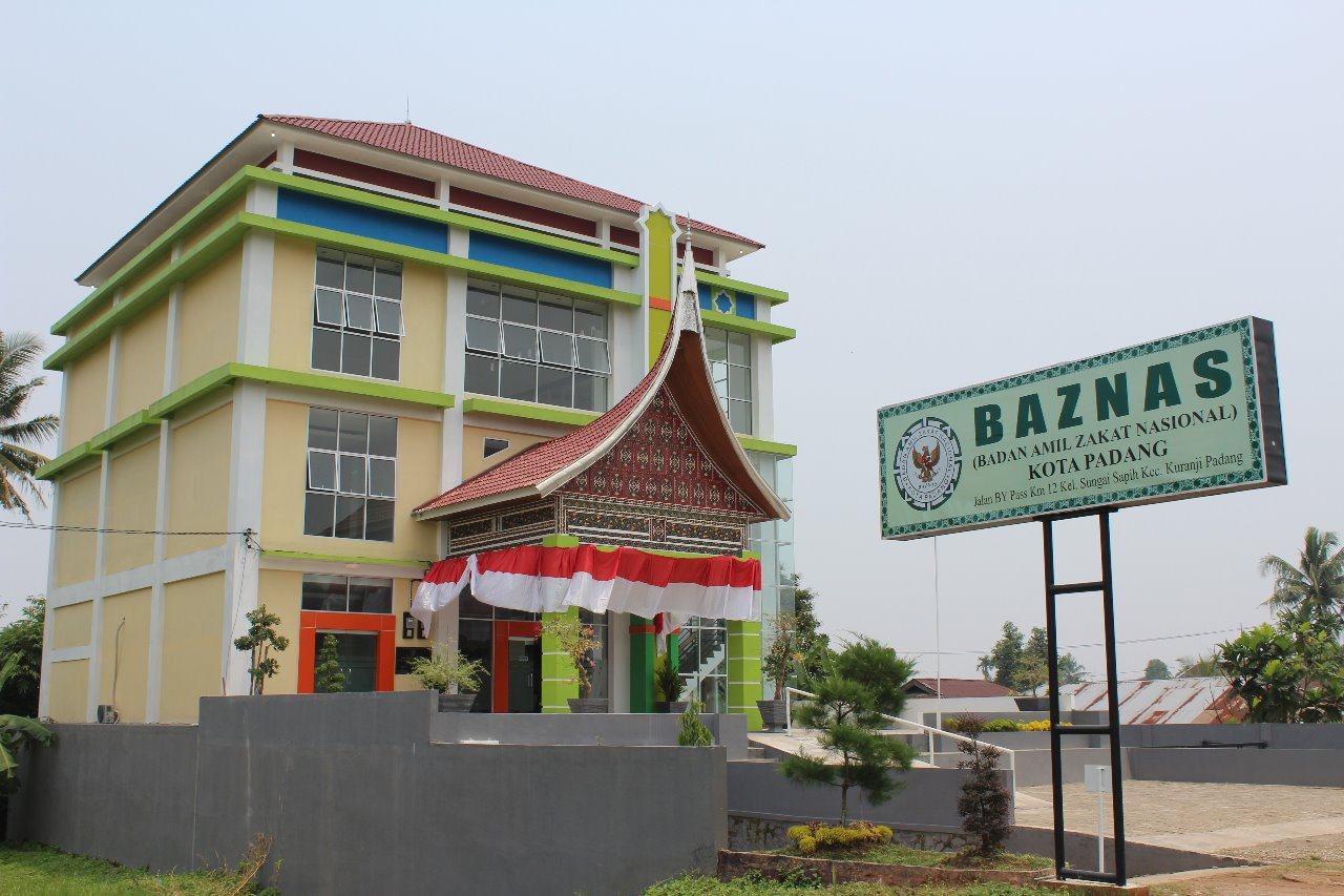 Baznas Kota Padang Buka Permohonan Bantuan Usaha Dan Lansia Melalui Jasa Pengiriman Pos Jne Dan J T Bravo Sumbar