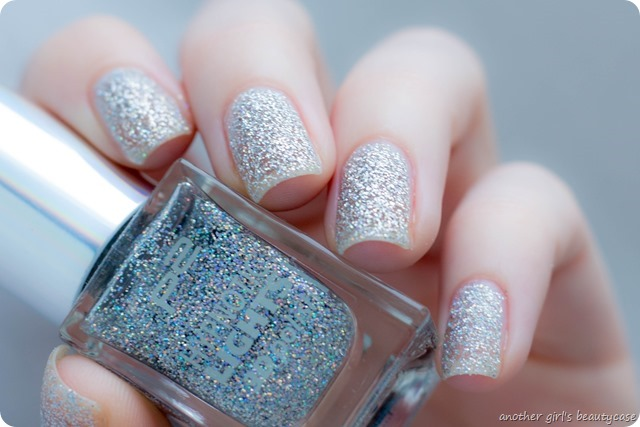 LFB Silber Silver p2 hypnotic lights 020 looking glass swatch review-2