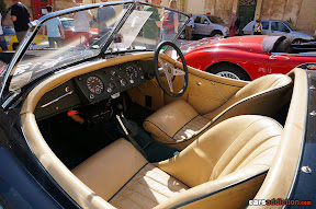Jaguar Vintage Cockpit