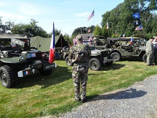 2016.08.15-040 véhicules militaires